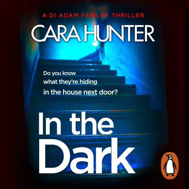 In The Dark - Audiobook (Książka audio MP3) do pobrania w całości w archiwum ZIP